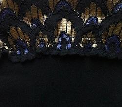 Farbe_hk_black_peacock